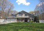Foreclosed Home en ROOSEVELT BLVD, Hauppauge, NY - 11788