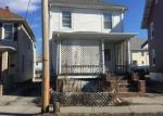 Foreclosed Home en 1/2 PRINCE ST, Middletown, NY - 10940