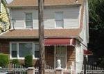 Foreclosed Home en MILBURN ST, Springfield Gardens, NY - 11413