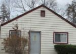 Foreclosed Home en BYRD ST, Hempstead, NY - 11550
