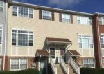 Foreclosed Home en BEACON LN, Bronx, NY - 10473