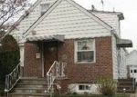 Foreclosed Home en N WALDINGER ST, Valley Stream, NY - 11580