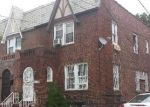 Foreclosed Home en 205TH ST, Saint Albans, NY - 11412