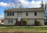 Foreclosed Home en EUCLID AVE, Middletown, NY - 10940