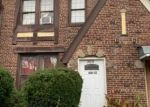 Foreclosed Home en 109TH AVE, Saint Albans, NY - 11412