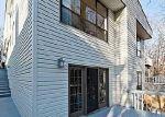 Foreclosed Home en GLADES WAY, Huntington, NY - 11743