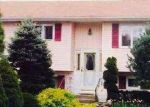 Foreclosed Home en RALPH AVE, Brentwood, NY - 11717