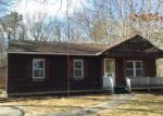 Foreclosed Home en CANDIDO AVE S, Shirley, NY - 11967