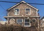 Foreclosed Home en PRESCOTT ST, Yonkers, NY - 10701