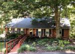 Foreclosed Home en BEECH AVE, Altavista, VA - 24517