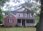 Foreclosed Home en INVERNESS RD, Severna Park, MD - 21146