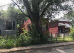 Foreclosed Home en RUSH PL, Saint Louis, MO - 63115