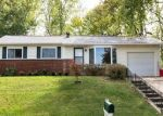 Foreclosed Home en PATRICIA LN, Belleville, IL - 62226