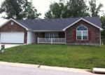 Foreclosed Home en LA VISTA DR, Waynesville, MO - 65583
