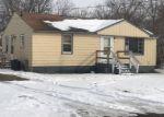 Foreclosed Home en SHAW ST, Burton, MI - 48529