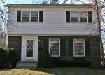 Foreclosed Home en PLYMOUTH AVE NE, Grand Rapids, MI - 49503