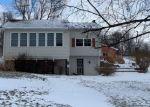 Foreclosed Home en DELTON RD, Delton, MI - 49046