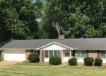 Foreclosed Home in KENSINGTON RD, Taylors, SC - 29687