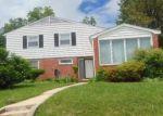 Foreclosed Home en LYNNE HAVEN DR, Windsor Mill, MD - 21244