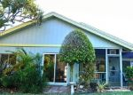 Foreclosed Home en NE BREAKWATER DR, Jensen Beach, FL - 34957