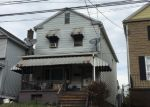 Foreclosed Home en CHAPEL ST, Wilkes Barre, PA - 18702