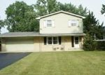 Foreclosed Home en N ADELPHI AVE, Waukegan, IL - 60087