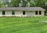 Foreclosed Home en GLENGARY DR, Bolingbrook, IL - 60440