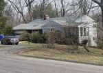 Foreclosed Home en MOUNTAIN RD, Bloomfield, CT - 06002