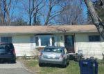 Foreclosed Home en GRACE ST, Danbury, CT - 06811