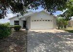 Foreclosed Home en BETTY LN, Mascotte, FL - 34753