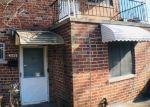 Foreclosed Home en AMUNDSON AVE, Bronx, NY - 10466