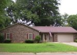 Foreclosed Home en BARKSDALE DR, Searcy, AR - 72143