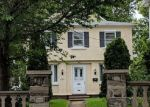 Foreclosed Home en MONROE AVE, Upper Darby, PA - 19082
