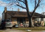 Foreclosed Home en DONNA ST, Westland, MI - 48185