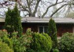 Foreclosed Home en SW 206TH CT, Vashon, WA - 98070