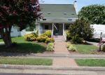 Foreclosed Home en S WILLARD AVE, Hampton, VA - 23663