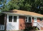 Foreclosed Home en CELLARDOOR CT, Hampton, VA - 23666