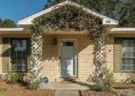Foreclosed Home en SPRINGDALE DR, Milton, FL - 32570