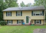 Foreclosed Home en OLD ROCK HILL RD, Wallingford, CT - 06492