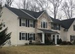 Foreclosed Home en SHAWNEE VALLEY DR, East Stroudsburg, PA - 18302