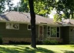 Foreclosed Home en HIGHWOOD DR, Minneapolis, MN - 55436