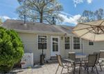 Foreclosed Home en GOLLAHON DR, Sumerduck, VA - 22742