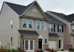 Foreclosed Home en LENTEN ROSE LN, Richmond, VA - 23223
