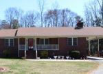 Foreclosed Home en BEAVER DAM RD, Warsaw, VA - 22572