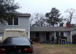 Foreclosed Home en LANTERN LN, Dallas, TX - 75236