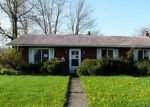 Foreclosed Home en UNIVERSITY AVE, Elyria, OH - 44035
