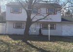 Foreclosed Home en BELLPORT AVE, Bellport, NY - 11713