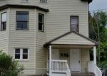Foreclosed Home en WARD ST, Naugatuck, CT - 06770