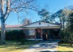 Foreclosed Home en CLYDE DR, Jacksonville, FL - 32208