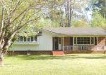 Foreclosed Home en VILLAGE DR SW, Atlanta, GA - 30331